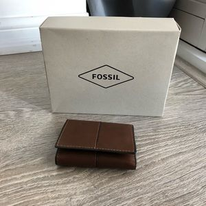 Fossil | Brown Leather Wallet
